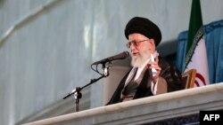 Аятола Алі Хаменеї, архівне фото