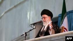 Эрон Олий руҳонийси Оятуллоҳ Али Хаменеи