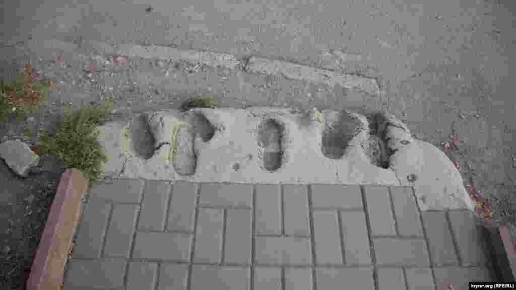 Реставрация тротуара по-крымски