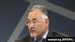 Турсунбой Бакир ўғли.