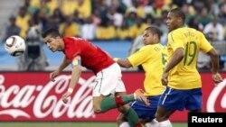 Фрагмент матча Бразилия - Португалия, 25 июгя 2010 г, Дурбан, ЮАР
