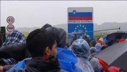 Izbjeglice na kiši čekaju da Slovenija otvori granicu