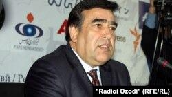 Абдуҷаббор Раҳмонов, ректори Донишгоҳи омӯзгории Тоҷикистон.
