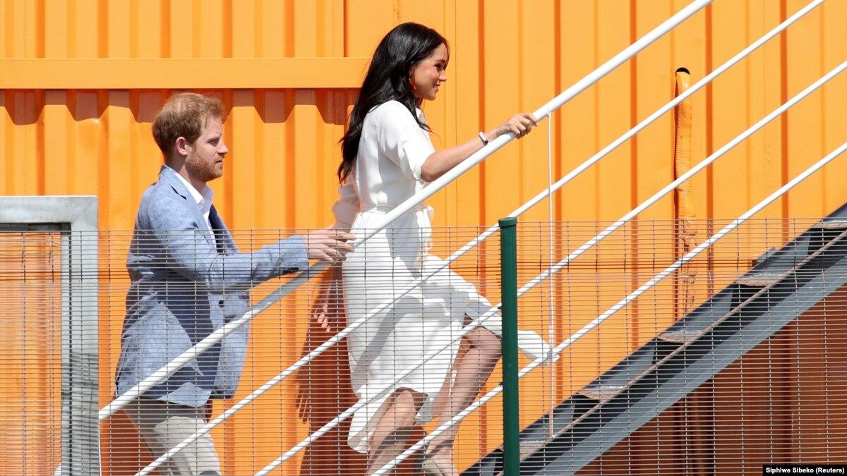 Королева Елизавета II поддержала желание герцогов Сассекських относительно «более независимой жизни»
