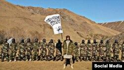 """""""Талибан"""" туын көтерген Ауғанстандағы тәжіктер."""