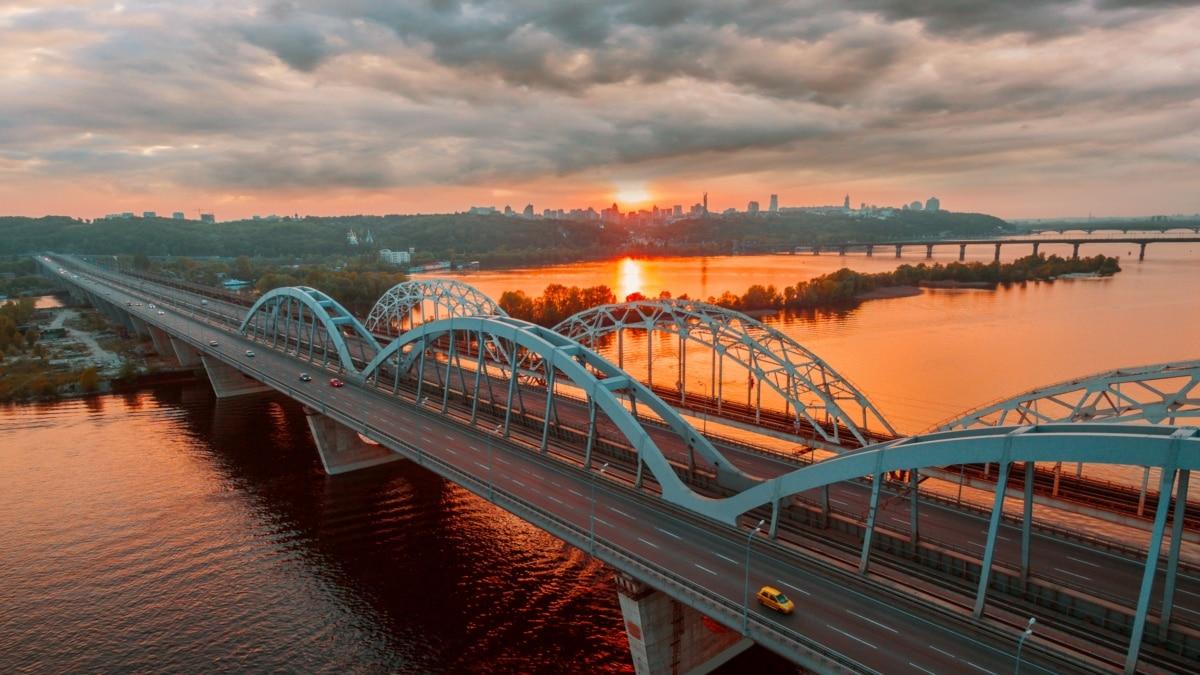 «Обезвоживание»: в Украине наблюдается самый низкий уровень воды в реках за последние 100 лет