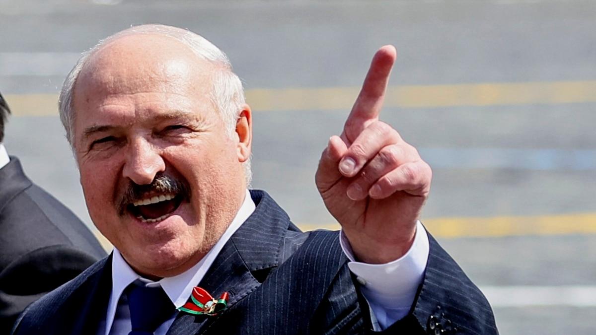Лукашенко заявил, что Россия пыталась скрыть отправку «вагнеривцив» в Беларусь