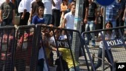 Курдските демонстранти на протестите кои се одржаа на почетокот на месецов