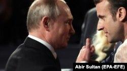 Владимир Путин и Эммануэль Макрон в Иерусалиме, январь 2020