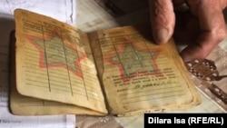 Военный билет Ахмета Елибаева с записью о том, что он «не участвовал» в боевых действиях.