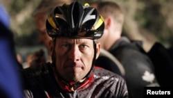 """""""Тур де Франс"""" веложарысының жеті дүркін чемпионы Лэнс Армстронг. Оңтүстік Африка, Кейптаун, 14 наурыз 2010 жыл."""