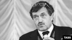 Василий Аксёнов (1989 г.)