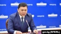 Азизбек Алымкулов. Аохивдик сүрөт.