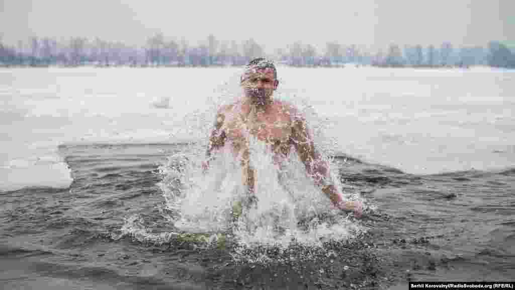 Ну і, звичайно, не змушуйте себе до купання, якщо внутрішньо не готові