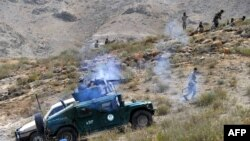 """Афганские силы безопасности во время операции против боевиков """"Талибана"""" в провинции Нангархар."""