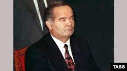 Ислом Каримов дар моҳи феврали 1991