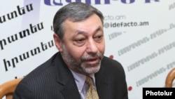 Депутат НС Александр Арзуманян (партия «Свободные демократы»)