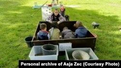 Asja Zec sa jedne od arheoloških radionica za djecu