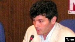 «Qanun» jurnalının baş redaktoru Şahbaz Xudoğlu