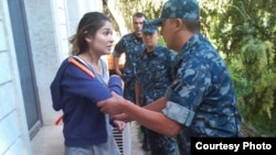 Гульнара Каримова давно не появляется на публике. Ее адвокат Лоскли Райан ранее говорил, что она находится фактически под домашним арестом в Ташкенте.