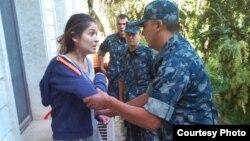 Сейчас о местонахождении Каримовой официально ничего не известно. По некоторой информации, она находится под домашним арестом в Ташкенте.