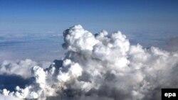 Вулканический пепел над Исландией