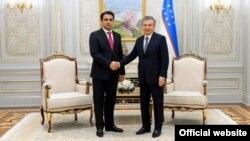 Шавкат Мирзияев с Рустамом Эмомали. Ташкент, 3 декабря 2019 года. Фото взято с сайта пресс-службы президента Узбекистана.