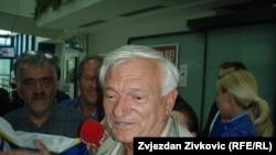 Йован Дивяк в аэропорту Сараево