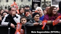 Авторы доклада считают, что дело телеканала «Рустави 2» покажет, сумеет ли Грузия сдать тест на свободу СМИ
