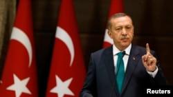 Türkiyənin baş naziri Tayyip Erdogan