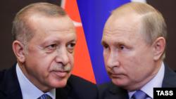 Türkiyə və Rusiya prezidentləri Recep Tayyip Erdoğan (solda) və Vladimir Putin