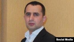 Державна міграційна служба Азербайджануповідомила15 грудня, що Україна депортувала в Азербайджан блогера Ельвіна Ісаєва
