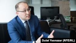 Ақпарат және коммуникациялар министрі Дәурен Абаев. Астана, 25 қыркүйек 2018 жыл.