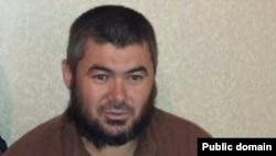 """Фото """"Жанболата Мамаева"""" в социальных сетях. Человек на фото похож на мужчину в видеоролике ИГ, которого называют """"агентом ФСБ""""."""