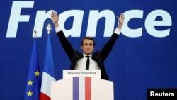 Кандидат в президенты Франции Эммануэль Макрон.