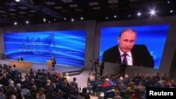 Президент России Владимир Путин. 17 декабря 2015 года.