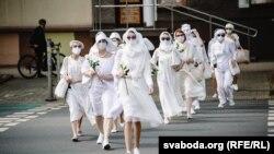 Protest al femeilor îmbrăcate în alb - Minsk, 12 mai 2021.