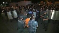 Yerevanda polislə etirazçılar arasında toqquşma