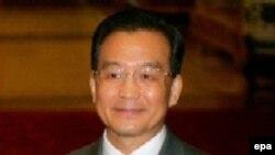 بر اساس بيانيه ای که از سوی خبرگزاری دولتی چين منتشر شد، اين حکم که به امضای ون جيا باو، نخست وزير چين رسيده است.