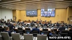 1 декабр, видео-конфронси НАТО дар Брюссел