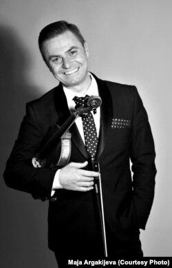 Владимир Костов, виолинист