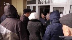 Жанаозенские безработные и доводы властей