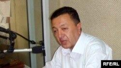 Главный редактор газеты «Зеркало» Эльчин Шихлы, 2009