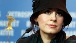 انتقاد مریم مقدم از محدودیتهای کاری و رفتار دوگانه با سینماگران