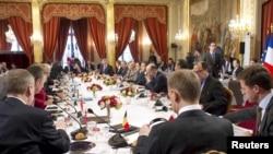 Европейско-американо-арабская встреча в Париже 19 марта