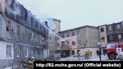 Пожарно-спасательные подразделения города Судак на пожаре