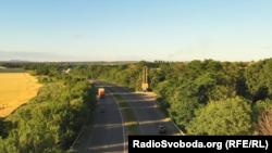 Траса між Слов'янськом і Краматорськом