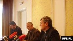 Zvonimir Ancić, Gordan Črpić i Vlado Košić, 29. travnja 2010. Foto: Enis Zebić