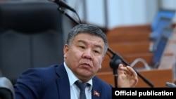 Алмамбет Шыкмаматов, Жогорку Кеңештин мурдагы депутаты, «Бир Бол» партиясынын депутатыкка талапкери.