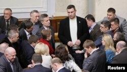 Партія Удар слухає свого лідера Віталія Кличка
